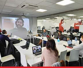 Reunión en los HQ de GeeksHubs